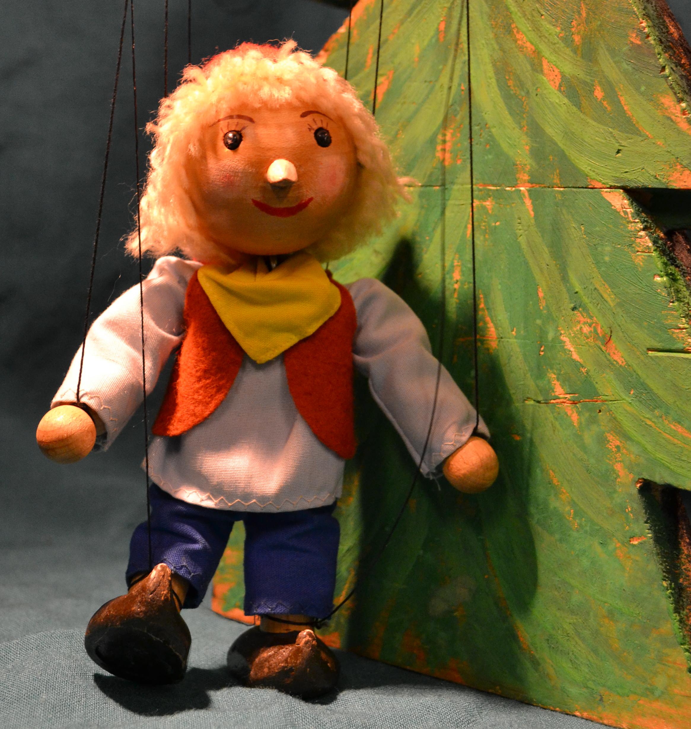 Eine Prinzessin Zu Weihnachten.Figurentheater Weihnachtspferd Fur Prinzessin Lilli Gesucht